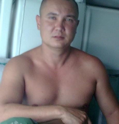 Парни в Азнакаево: Азамат, 34 - ищет девушку из Азнакаево
