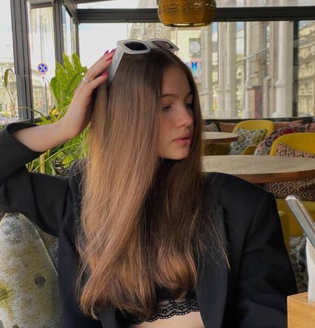 Девушки в Москве (Московская обл.): Angelina, 19 - ищет парня из Москвы (Московская обл.)
