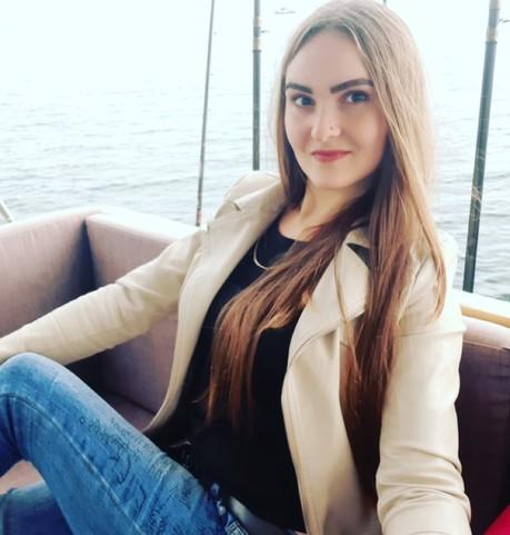 Девушки в Ангарске: Анастасия, 25 - ищет парня из Ангарска