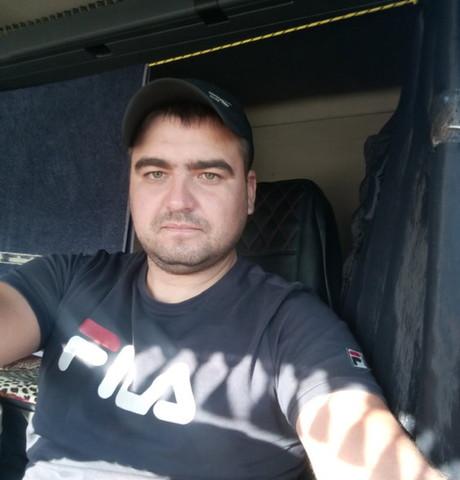 Парни в Саратове: Дима, 30 - ищет девушку из Саратова