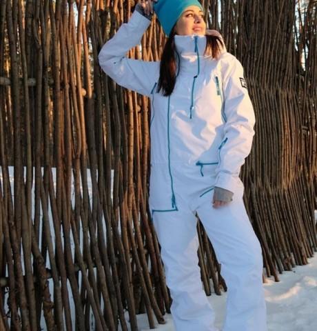 Девушки в Новосибирске: Кристина, 23 - ищет парня из Новосибирска