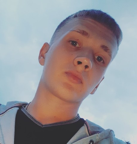 Парни в Димитровграде: Кирилл, 23 - ищет девушку из Димитровграда