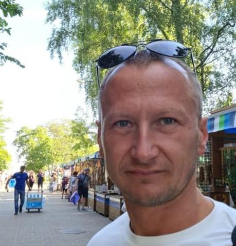 Парни в Калининграде: Виктор, 35 - ищет девушку из Калининграда