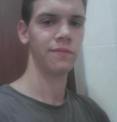 Парни в Чебоксарах (Чувашия): Евгений, 23 - ищет девушку из Чебоксар (Чувашия)
