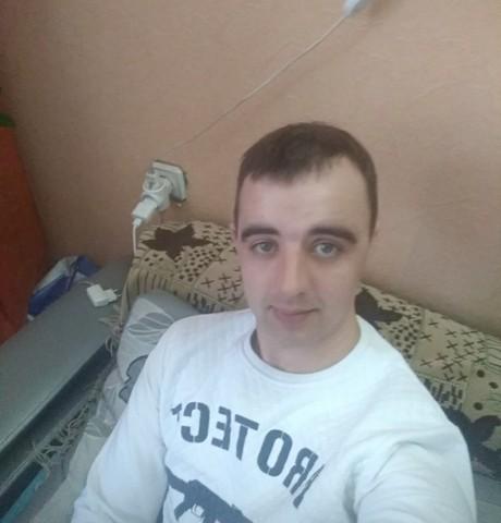Парни в Абакане: Сергей, 28 - ищет девушку из Абакана