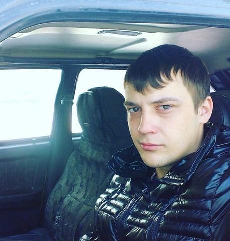 Парни в Белово (Кемеровская обл.): Дмитрий Комиссаров, 30 - ищет девушку из Белово (Кемеровская обл.)