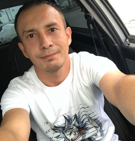 Парни в Димитровграде: Loni, 31 - ищет девушку из Димитровграда