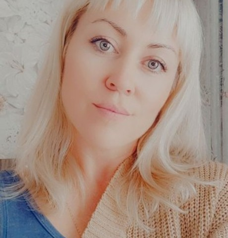 Девушки в Красноярске (Красноярский край): Юлия, 36 - ищет парня из Красноярска (Красноярский край)