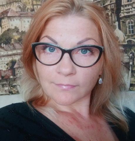 Девушки в Симферополе: Инна, 35 - ищет парня из Симферополя