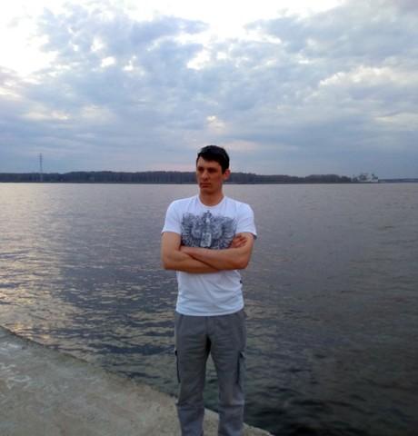Парни в Костроме (Костромская обл.): Михаил, 31 - ищет девушку из Костромы (Костромская обл.)
