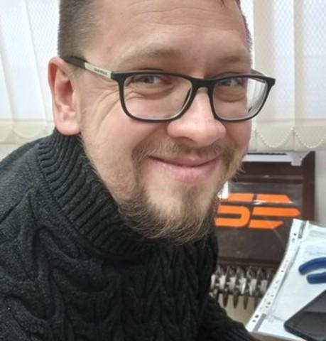 Парни в Пскове: Валера, 42 - ищет девушку из Пскова