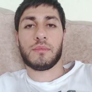 Арам, 30 лет, Псков