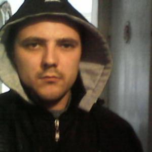 Олег, 38 лет, Белово