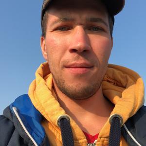 денис, 36 лет, Магадан