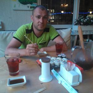 Alexander, 38 лет, Остров