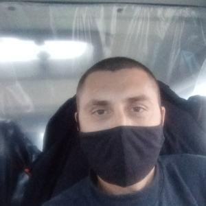 Виктор, 37 лет, Свободный