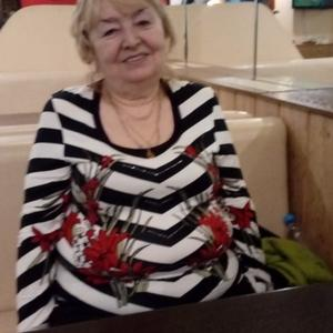 Фаина, 68 лет, Москва