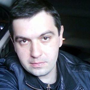 Олег, 39 лет, Братск
