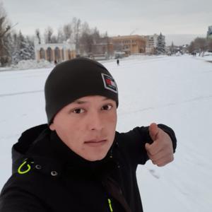 Азамат Юлдашев, 26 лет, Саратов
