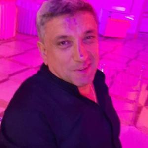 Вачик, 52 года, Санкт-Петербург