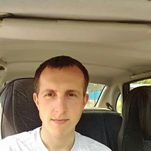 Илья, 33 года, Бор