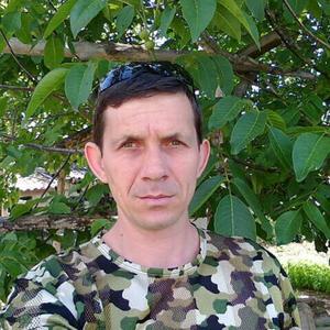 Олег, 40 лет, Котельниково