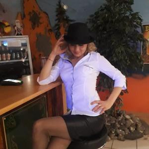 Оксана, 38 лет, Краснотурьинск