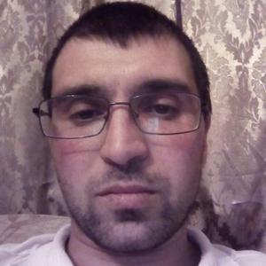 Дмитрий, 35 лет, Серов