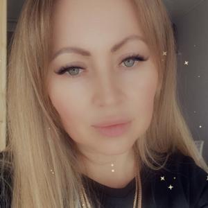 Лариса, 36 лет, Невьянск