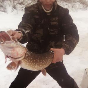 Миша, 32 года, Псков