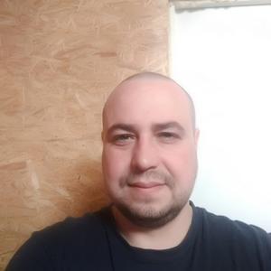 Александр, 30 лет, Красноярск