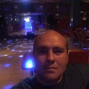 Игорь, 32 года, Ершов