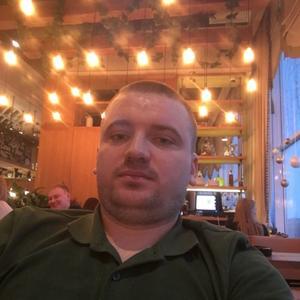 Виктор, 29 лет, Мегион