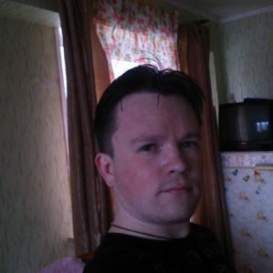 Виктор, 31 год, Саяногорск