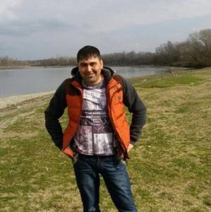 Рустам, 33 года, Новомосковск