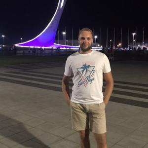Денис, 26 лет, Тюмень