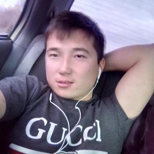 Erlanchik, 26 лет, Владимир