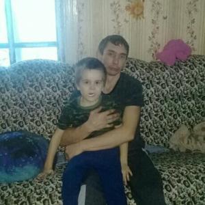 Максим, 30 лет, Искитим