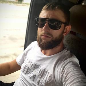 Виктор, 27 лет, Нариманов