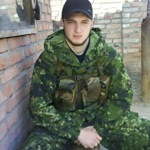 Бено, 38 лет, Грозный