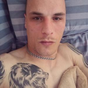 Юрий, 32 года, Москва
