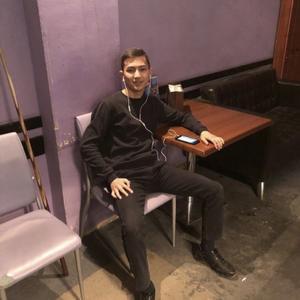 Azamat, 21 год, Новосибирск