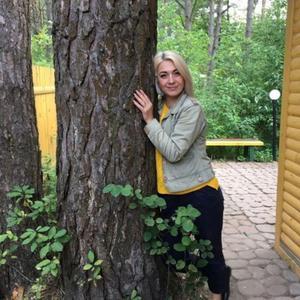 Карина, 44 года, Брянск
