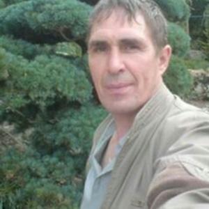 Игорь -, 58 лет, Петропавловск-Камчатский
