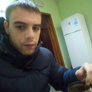 Александр Бейкумиров, 23 года, Серов