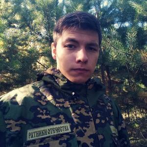 Vlad, 24 года, Чистополь