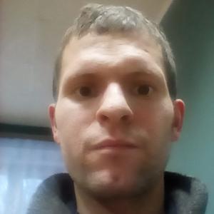Анатолий, 30 лет, Вятские Поляны