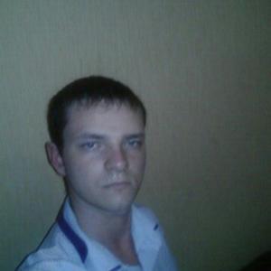 Алекс, 32 года, Нижневартовск