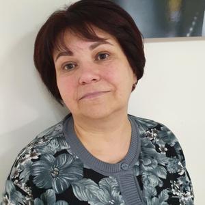 Ирина, 61 год, Санкт-Петербург