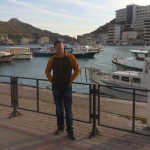 Андрей, 36 лет, Медногорск